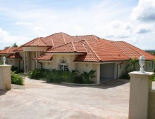 Large Caribbean Villa For Sale in Sea Horse Ranch